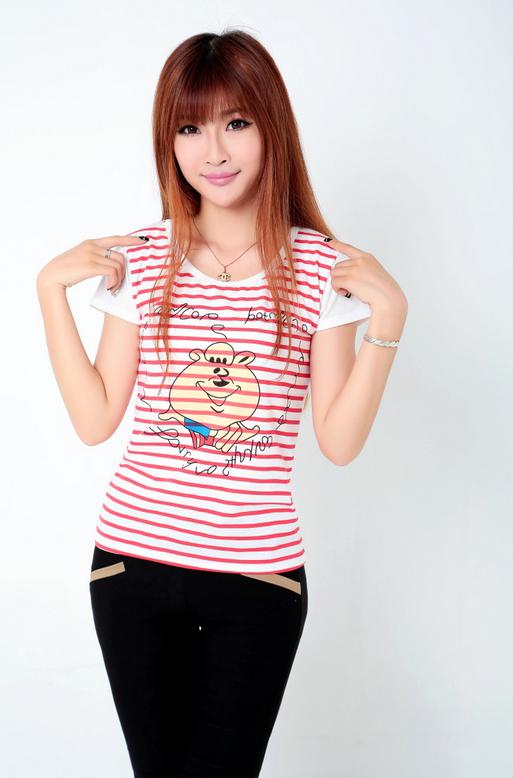 Летняя лёгкая футболка для стильных девушек  - 2