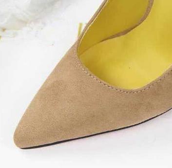 Винтажные туфли с высоким каблуком и подошвой подошвой  - 1