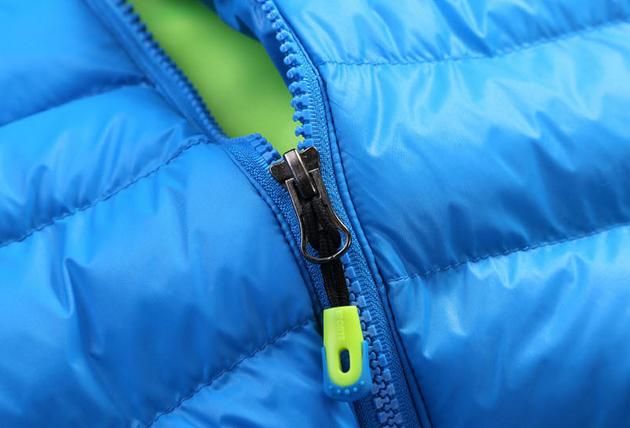 Зимняя куртка на открытом воздухе  - 4