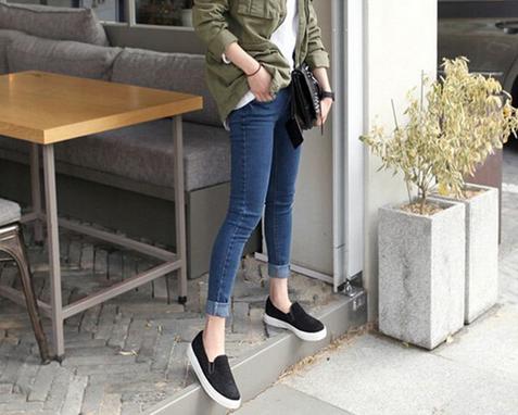 Женские джинсы со сплошным цветом  - 1