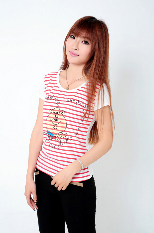 Летняя лёгкая футболка для стильных девушек  - 8