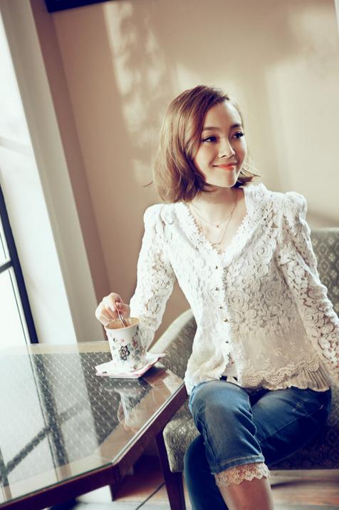 Тонкая прозрачная блузка для женщин  - 4