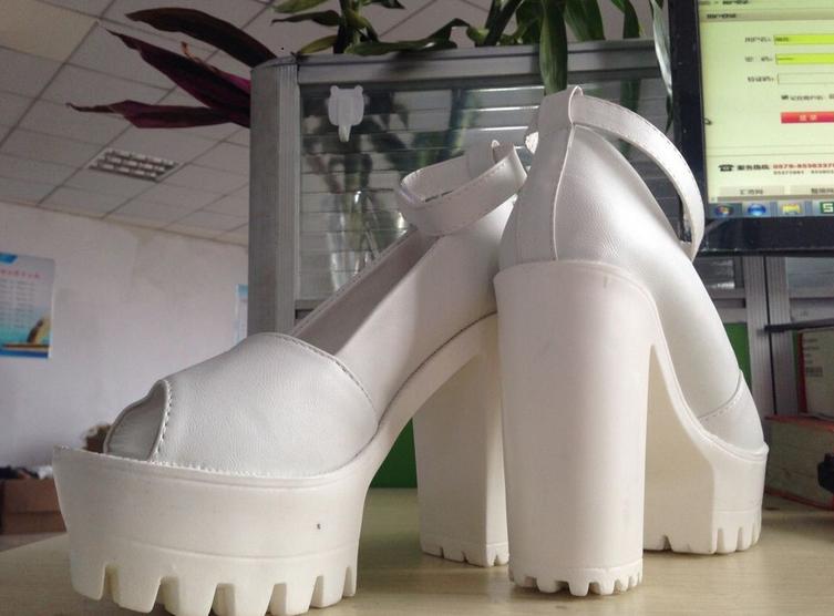 Новые стильные сексуальные туфли для женщин - 4