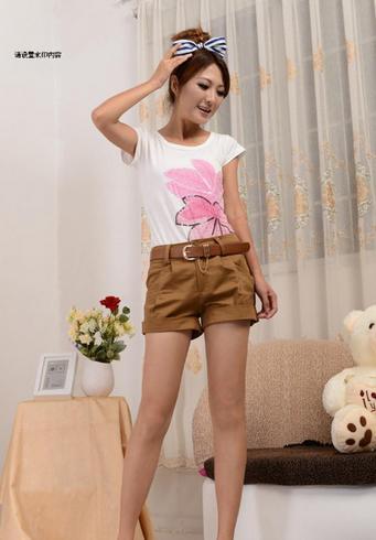 Летние короткие шорты с поясом для женщин  - 3