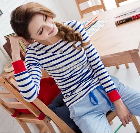 Осенняя футболка для женщин  - 2