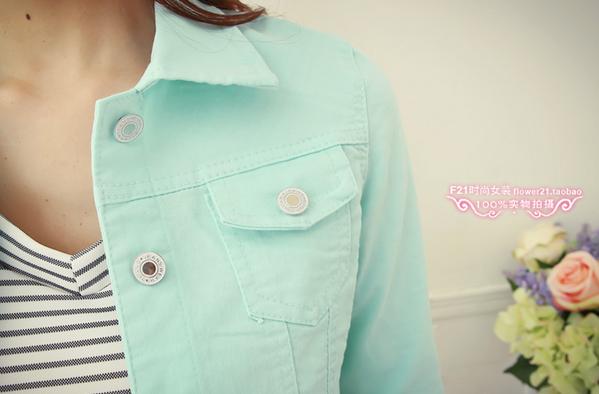 Джинсовая куртка с воротником для женщин  - 7