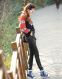 Упругие с высокой талией джинсы для женщин  - 10