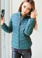 Короткая тонкая утолчённая куртка для женщин  - 11