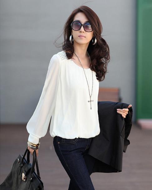 Новая блузка с красивым рукавом для женщин
