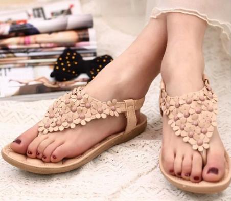 Новые открытые сандалии для женщин